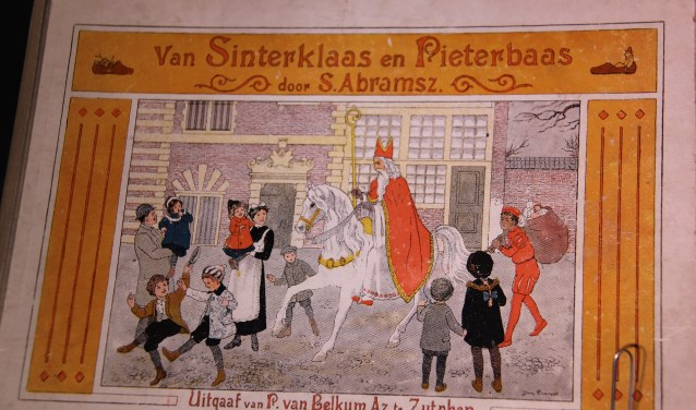 Een van de zeldzame antieke prentenboeken in de tentoonstelling.