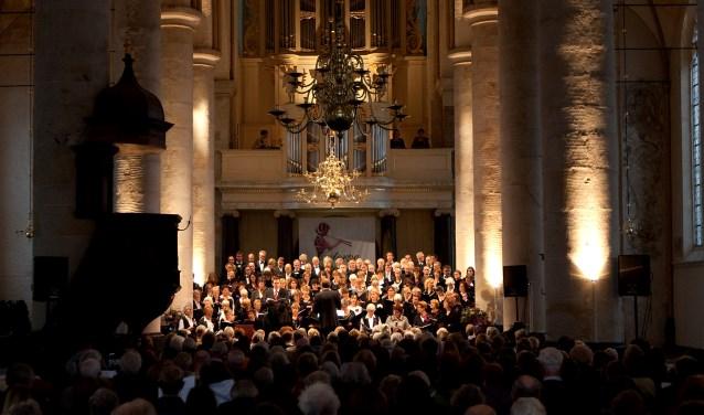 Euterpe tijdens een concert in de Bergkerk in deventer