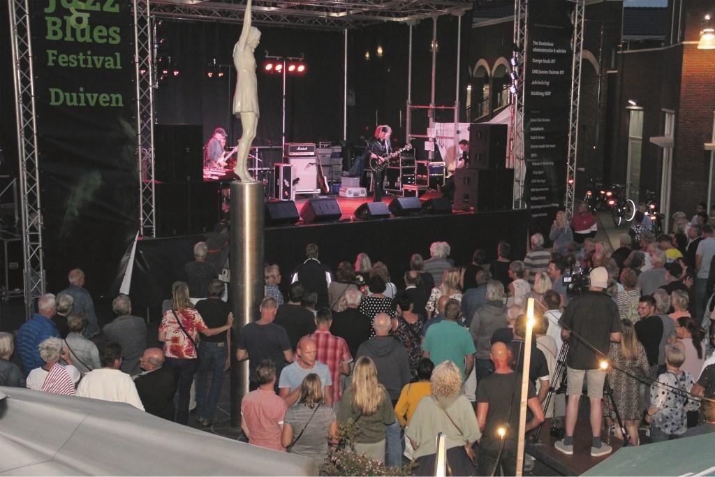 Optreden Julian Sas in augustus 2018.