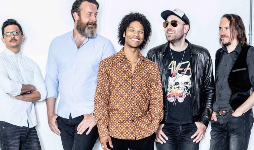 Op het laatste album 'Rapture' gaat de band terug naar de roots.