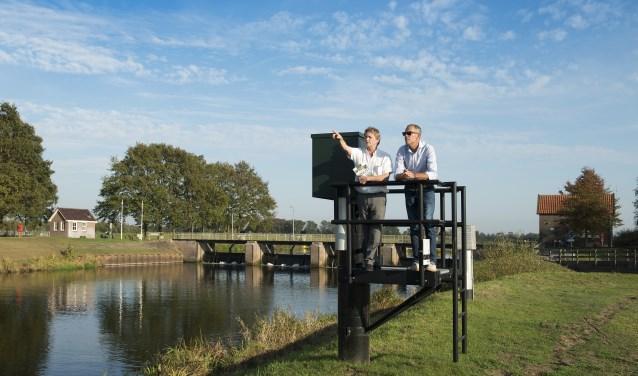 Bert van den Assem (links) en Ben Vulkers leerden de Vecht het afgelopen jaar goed kennen. Foto: Ben Vulkers