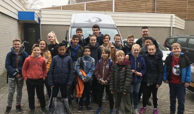 Team Sportinstituut Schiedam bij vertrek naar Duitsland.