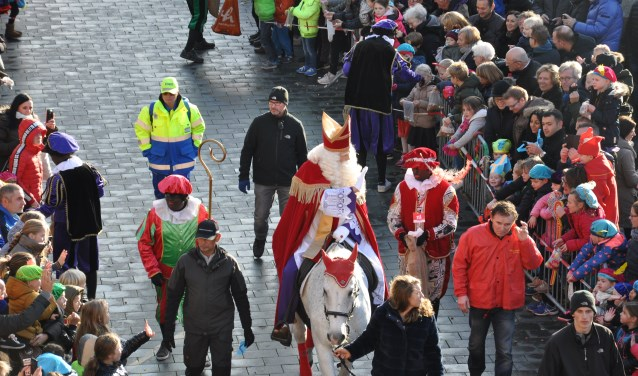 Comité Sinterklaas Waalwijk zoekt extra vrijwilligers voor de feestelijke intocht van Sinterklaas op zondag 18 november.
