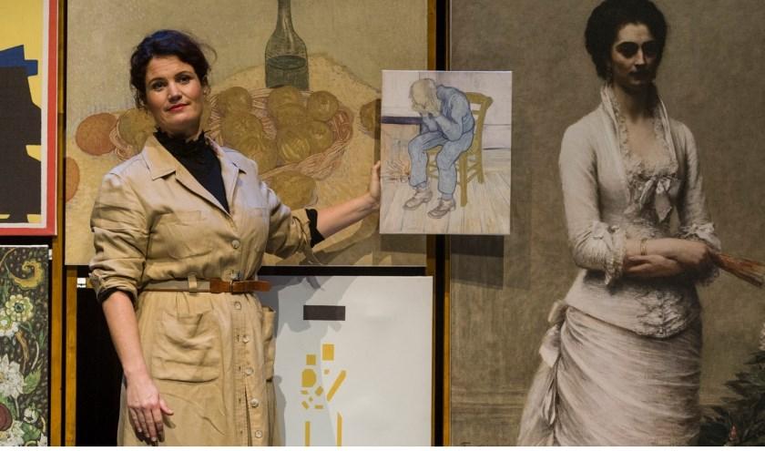 Julika Marijn gaat vertellend, spelend en zingend op zoek naar de inspirerende, maar ook complexe vrouw achter de wereldberoemde verzameling.