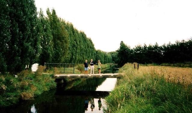 De Middelwetering in Sandelingen-Ambacht is verloren gegaan bij de aanleg van het recreatiegebied De Sandeling.