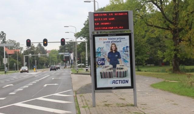 Binnenkort kan iedereen die Almelo binnenkomt middels een aanduidingsbord zien dat er aan de achterzijde een stadsplattegrond is aangebracht