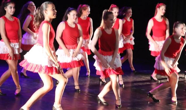 Mooie balletvoorstelling van balletschool Chantal van Tuyn.