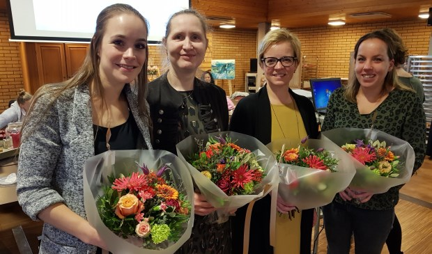 Van links naar rechts: Daniëlle van Steijn (12,5 jaar), Anna van Dijk (25 jaar), Miranda Kok (25 jaar) en Géke van de Bilt (12,5 jaar).Foto: Iris Stekelenburg