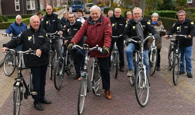 Het vertrek van de VUT fiets groep Reusel Sport. Foto: Jan Wijten