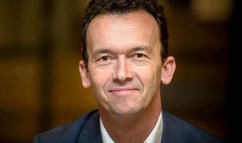 Luciën van Riswijk wordt de nieuwe burgemeester van Zevenaar. Voor inwoners op het Gelders Eiland een grote verrassing. (foto: PR)