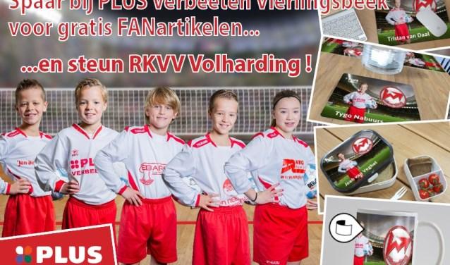 Op de foto enkele jeugdige voetbaltalenten van Volharding die deelnemen aan de fanactie in Vierlingsbeek en Overloon.
