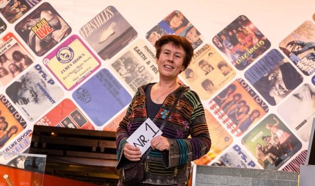 De verkiezing wordt georganiseerd door dominee Jolande van Baardewijk van de protestantse gemeente Duiven. Deze foto van haar is gemaakt in het Nederlands Instituut voor Beeld en Geluid in Hilversum.