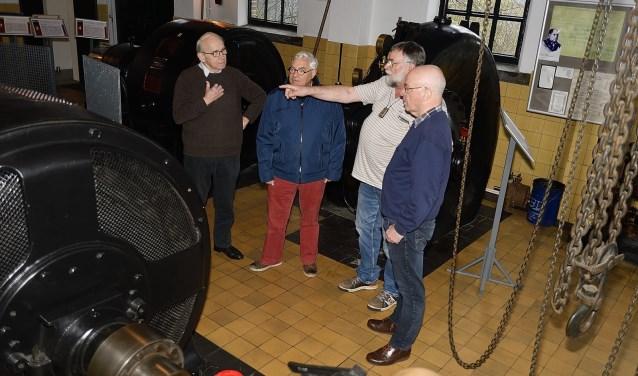 Zaterdag kon voor het gemaal Jan Anne Beijerinck in bedrijf worden gezien.(Foto: Jan van der Arend)