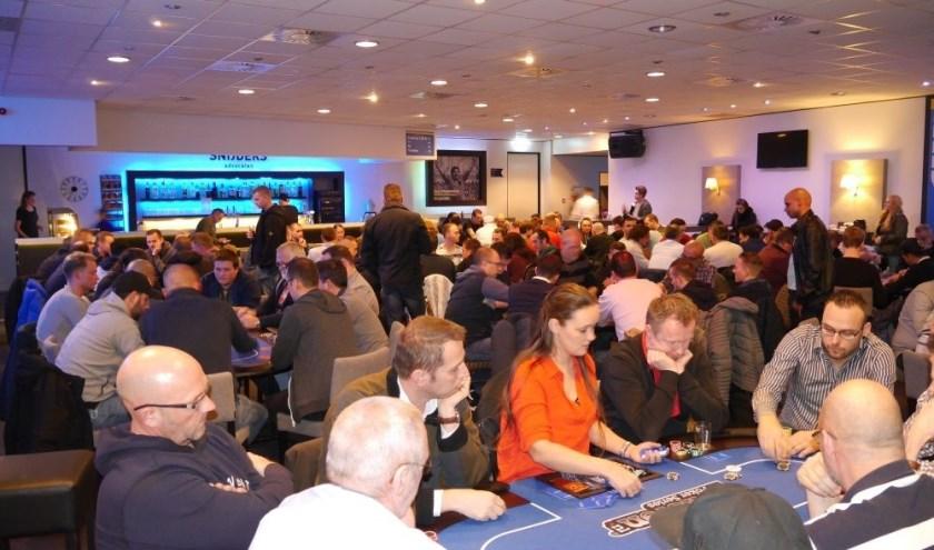 Dat Poker niet altijd om geld hoeft te gaan, bewijst de Poker Series van Pokeren.nl ieder jaar opnieuw.