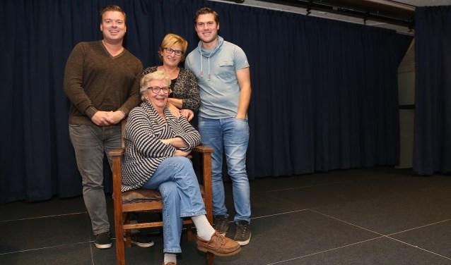 De tante van Charlieis binnen de toneelwereld een bekende, klassieke klucht. (foto Marco van den Broek)