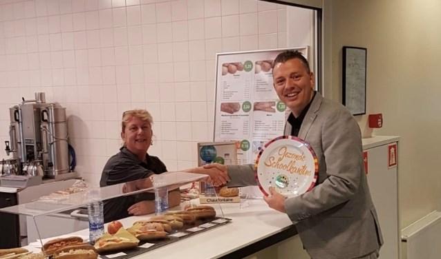Het Comenius College Krimpen heeft onlangs de gouden 'Gezonde Schoolkantine'-schaal ontvangen van het Voedingscentrum.