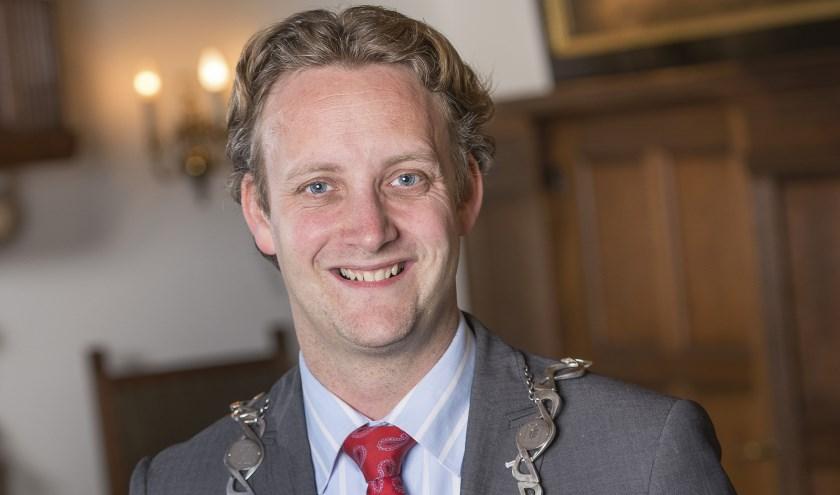 Burgemeester Pieter Verhoeve.