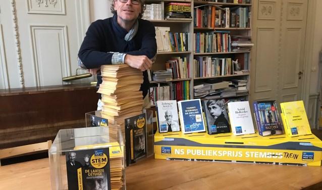 Krake bezorgt stemmen bij organisatie NS Publieksprijs aan Herengracht