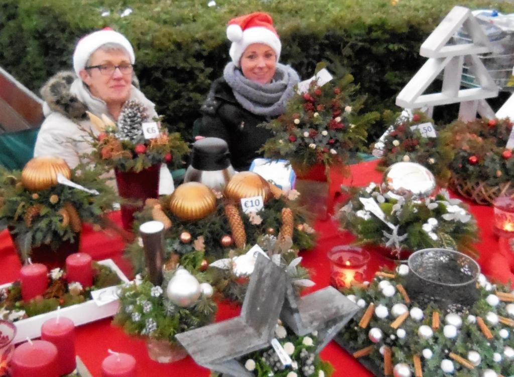 Hengelo S Weekblad Extra Grote Kerstmarkt Bij Kulturhus Hasseler Es