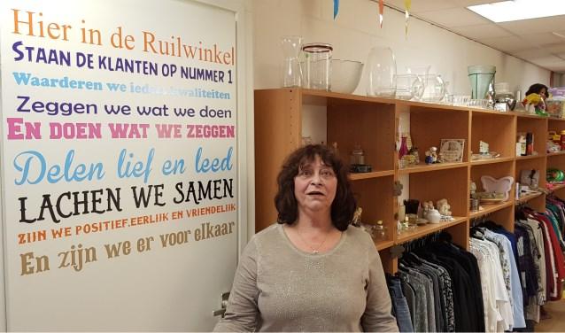 José van Lissum is de 'baas' in de ruilwinkel aan de Korvelseweg 150 a in Tilburg-Zuid.