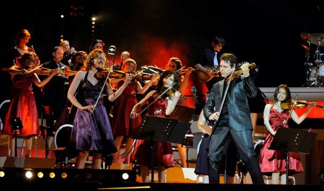 Guido's Orchestra treedt zondag 6 januari op in Theater De Spiegel in Zwolle.