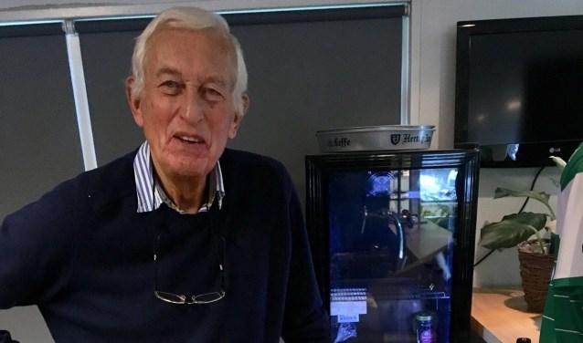 Anton Stoffels werd vorige week 84 jaar oud en is daarmee oudste NAC OldStar die nog iedere woensdag op 't veld staat bij Walking Football.