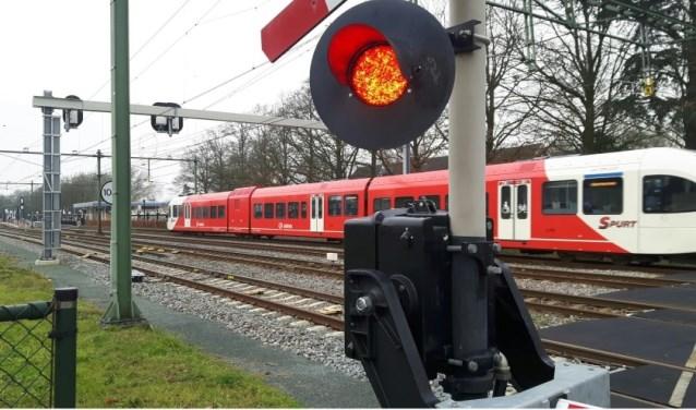 In de zomer van 2019 rijden er twee weken lang geen treinen door werkzaamheden aan het spoor. (foto: Danny van der Kracht)