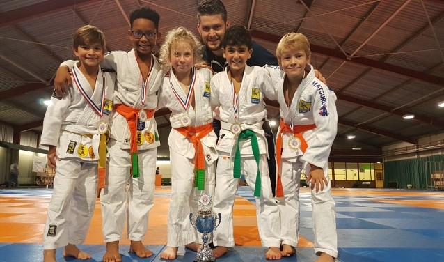 Het kampioensteam van Sportinstituut Schiedam