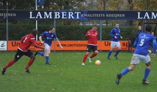 Slikkerveer gaf het tegen DBGC uit handen en verloor na strafschoppen. (Foto: Arjen 't Jong)