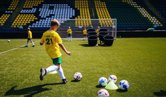 Net zo goed worden als de spelers in je voetbalgame FIFA. Ga dan 28 november naar de speciale dag van ADO Den Haag bij v.v. Wilhelmus.