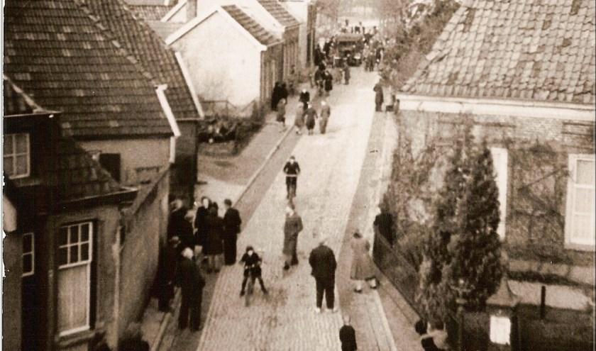 Overval op de Christelijk Gereformeerde kerk aan de Berkenhovestraat in Aalten op 30 januari 1944.