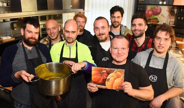 Workshop gerechten bij Villa Ruimzicht. (foto: Roel Kleinpenning)