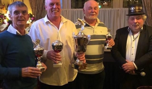 Jan Nuijten, winnaar Marco Deenen, Jack Haest en voorzitter dhr Fred Keijzer sr.