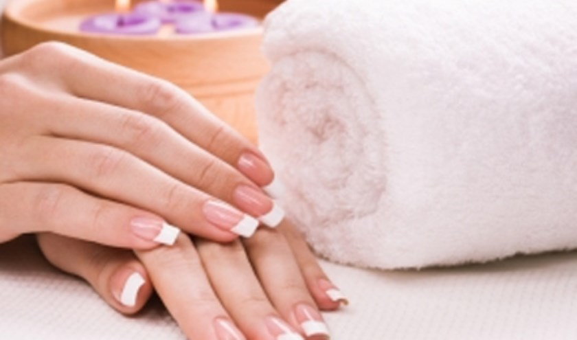 Uw nagels versterkt en prachtig verzorgd met het revolutionaire IBX-systeem. Informeer of maak dan snel een afspraak bij Up to Nails Renette