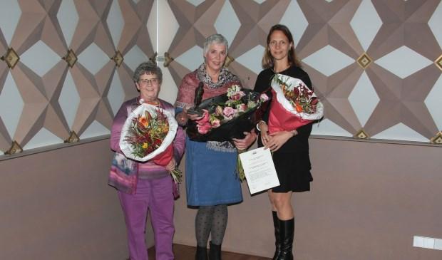 De winnaars Hogenbijlprijs 2018, met rechts Juliëtte Hofman van de DRU Cultuurfabriek. (foto: Pieter Uyt den Bogaard)