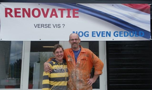 Ruud en Lilian de Haan hebben flink geklust na de brand in hun viswinkel. Deze week gaat de zaak weer open.