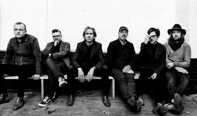 Eric van Dijksseldonk (midden) vertaalde zijn fascinatie voor George Harisson naar zijn eigen tributeband. Foto: Rise Agency