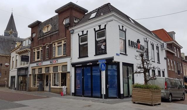 Ijssalon Luciano is gevestigd in de Kerkstraat 2 in Woerden. Voor meer info: www.ijssalonluciano.nl