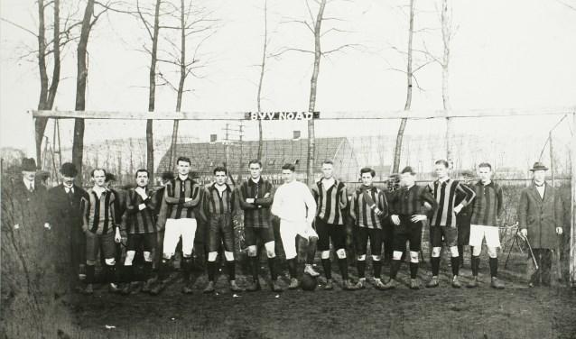 In het seizoen 1918-1919 verandert de naam van BVV NOAD in BVV om verwarring met het Tilburgse NOAD, dat in dezelfde klasse uitkwam, te voorkomen.