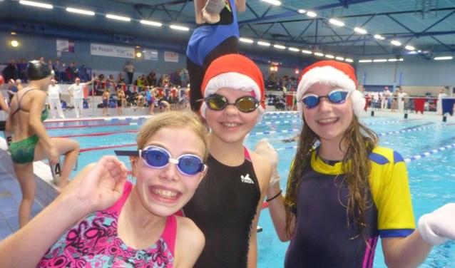 Zwembad De Peppel : Met zwemmers volle bak in zwembad de peppel de edese post