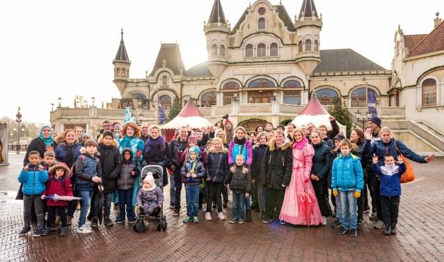 Stichting Het Vergeten Kind hield een hartverwarmende dag voor kwetsbare kinderen uit heel Nederland in de Winter Efteling.