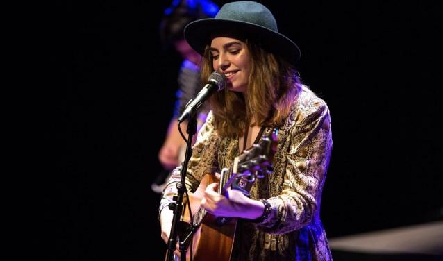 Kaya van der Heide (artiestennaam Kaya Vitalis) heeft als profielwerkstuk een EP uitgebracht met zelf geschreven nummers.