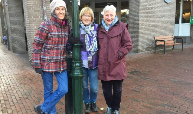 Als wandelbegeleider begin je de week altijd goed volgens Martine, Ellie en Marijke.