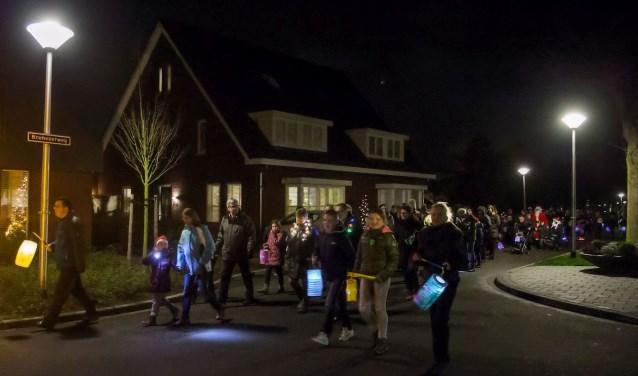 De lichtjesroute gaat onder andere over de Bruhezerweg. Foto: Jan Dijstelbloem.