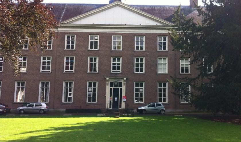 De gemeente Haaren beoordeelt een plan van Wim Vugts voor een hotel, zorgwoningen, appartementen en woningen op Haarendael.
