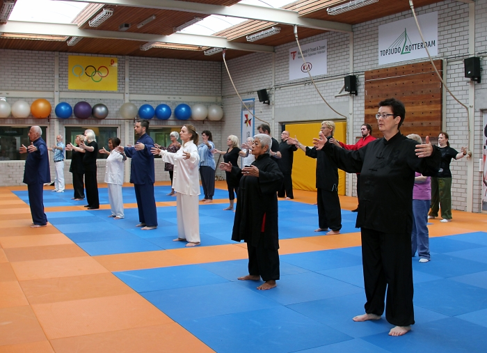 World Health Qigong Day De Korte