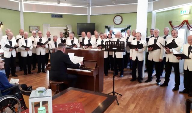Het Chr. Mannenkoor De Verenigde Zangers gaf een heerlijk concert (Foto: PR)