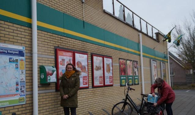 Jessica Boden zette zich in om in haar buurt in Brakel een AED te plaatsen. Momenteel is ze bezig om een AED in Waardenburg, rondom de sporthal, te krijgen. Foto: Marielle Pelle