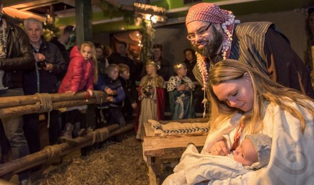 Ook de levende kerststal van de Osse Scoutinggroep Titus Brandsma wordt weer opgetuigd. Die is op zondag 16 december tussen 12.00 en 17.00 uur te bezoeken aan de Industrielaan.