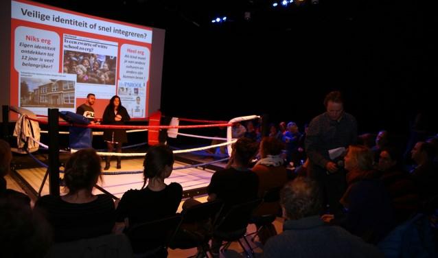 Tijdens het Podiumgesprek op woensdag 12 december bleek de stad zeer verdeeld over wat te doen met de toenemende segregatie op de Utrechtse basisscholen. Foto: Jons Jeronimus